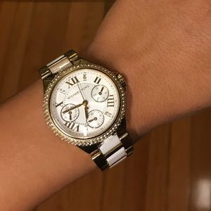 MICHAEL KORS WHITE & GOLD DIAMOND WATCH